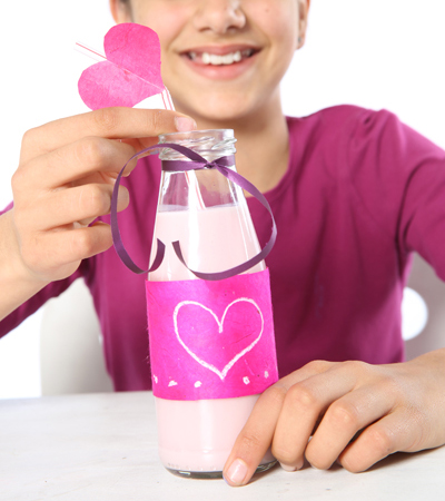 handmade-mothers-day-gift-kids-breakfast-bed-glass-bottle-strawberry-milkshake