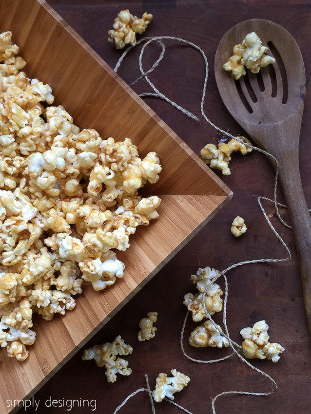 Quick-4-Ingredient-Caramel-Popcorn-7807